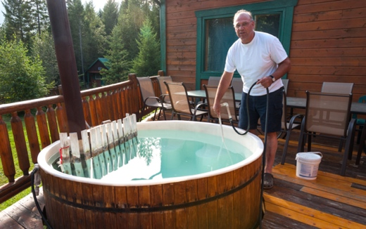 CrossRiver Wilderness Centre and Tourshot-tub