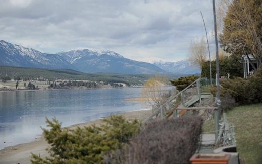Lakeshore-dockside