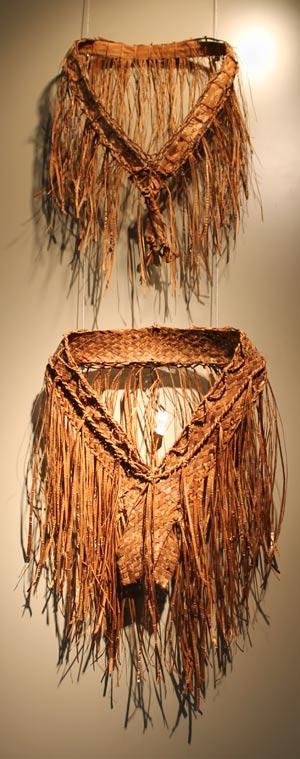 Traditional Native American Basket Weaving : Weaving cedar stories aboriginal tourism bc