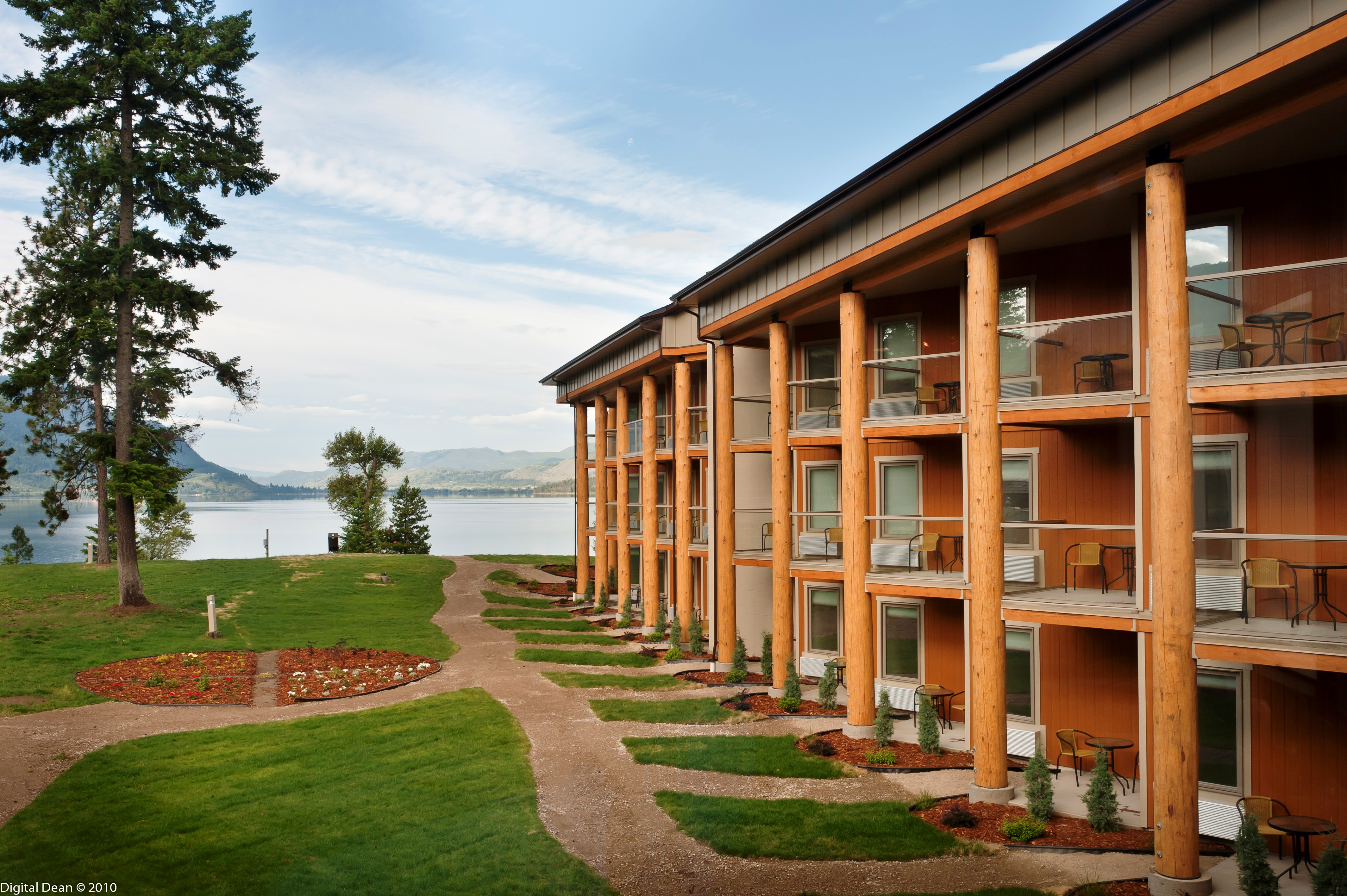 Gathering Place for R&R Seekers - and Golfers - Aboriginal Tourism BC