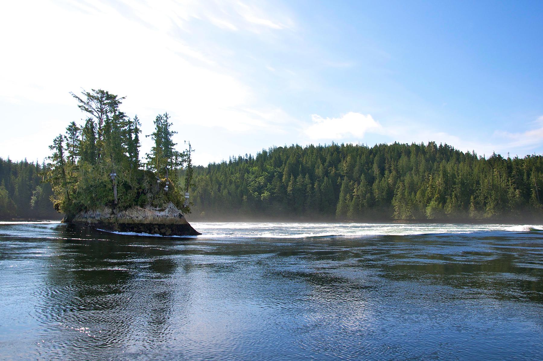 Nakwakto Rapids Tours (3)