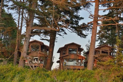 Wya-Point-Lodges