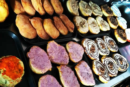 Kekuli_Cafe_Merritt-Fresh-Baked-Bannock-500x333
