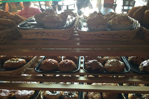 Kekuli_Cafe_Merritt_muffins-500x333