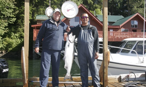 Walters Cove Resort Chinook