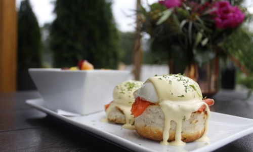 lelem-salmon-eggs-benny