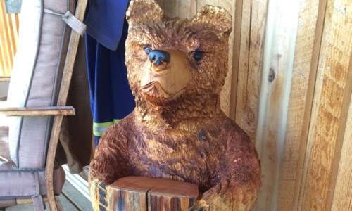 bear-chain-saw-carving